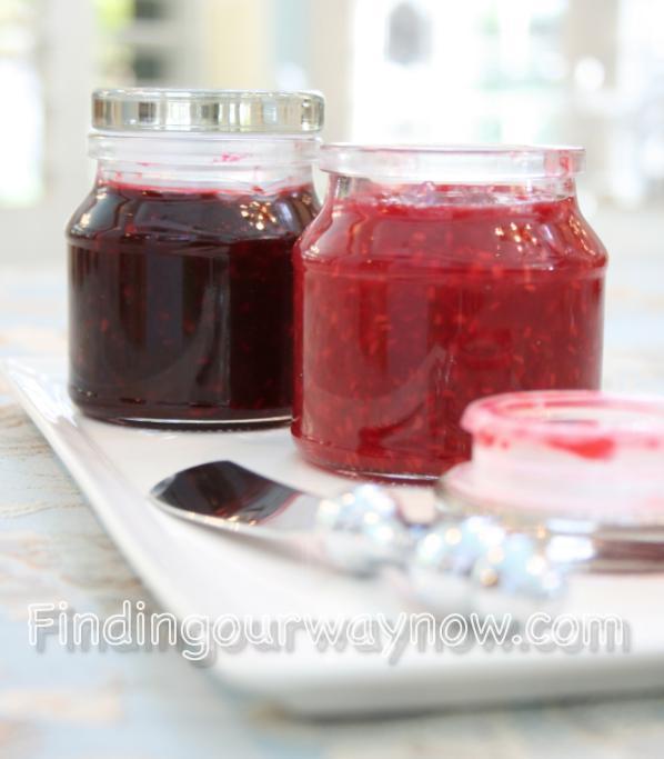 Homemade Raspberry or Blackberry Jam, findingoiirwaynow.com