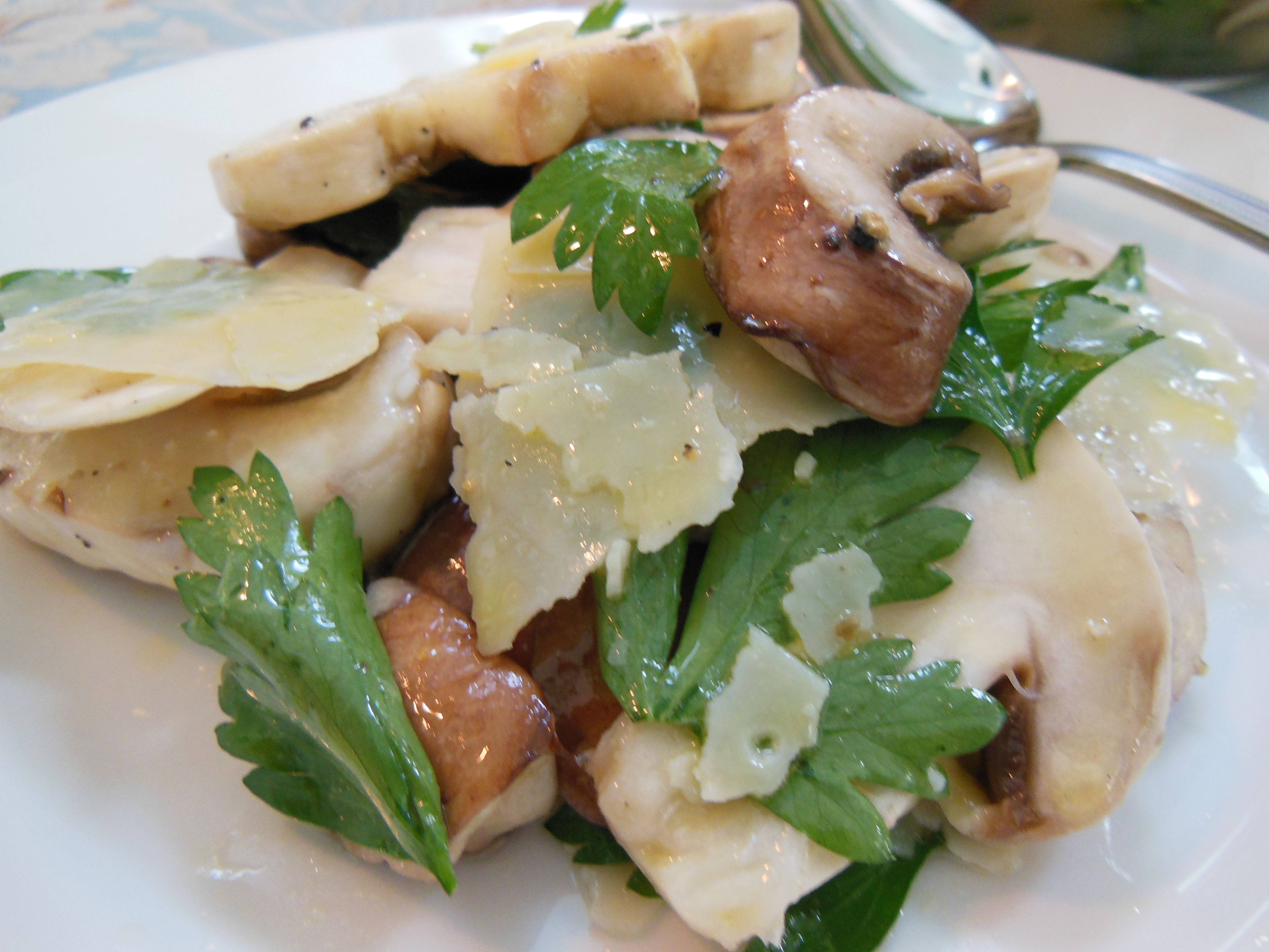 Fresh Mushroom Salad: Recipe - Finding Our Way Now